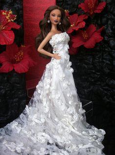 Miss Beauty Doll Mexico 2008 Barbie Bridal, Barbie Wedding Dress, Bridal Dresses, Wedding Gowns, Barbie Miss, Barbie Hair, Bride Dolls, Vintage Barbie Dolls, Fashion Dolls