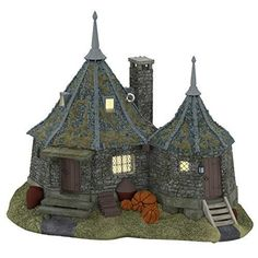Hallmark Keepsake Christmas Ornament 2020, Harry Potter Hagrid's Hut Journey to the edge of the Forbidden Forest for a friendly visit with this Keepsake Christmas ornament of Hagrid's Hut. Attach to a light string to see the windows glow. Artist crafted by Orville Wilson, this Keepsake Ornament comes pre-packaged in a box for easy gift giving, preservation and storage. Dated 2020 in copyright. Attaches to a light string for optional lighting effect. With unparalleled artistry and exceptional det Harry Potter Christmas Decorations, Harry Potter Ornaments, Harry Potter Christmas Tree, Hogwarts Christmas, Harry Potter Diy, Halloween Decorations, Seashell Christmas Ornaments, Plastic Christmas Tree, Baby First Christmas Ornament