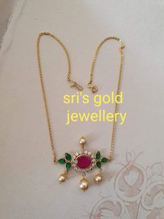 Fancy Jewellery, Gold Jewellery Design, Light Weight Gold Jewellery, Was Ist Pinterest, Gold Jewelry Simple, Jewelry Design Earrings, Chains, Gutta Pusalu, Chokers