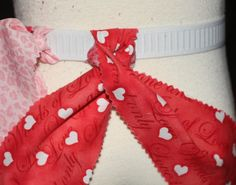DIY Fabric tutu-how to tie the knots so that right side is facing out on both!