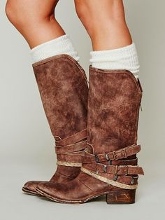 Brown Drazen Leather Boots. #fall #must #boot