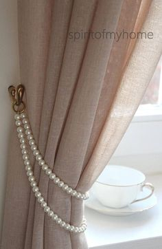 TAMMY' Shabby Chic Vintage Styled Curtain Jewellery Pearl