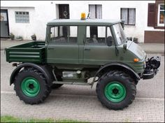 """Unimog Doka (Dokas have faster axles for highway use) (1980) ~ Miks' Pics """"Unimog 4x4 by Mercedes Benz"""" board @ http://www.pinterest.com/msmgish/unimog-4x4-by-mercedes-benz/"""