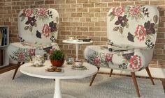 As cores vivas, com estampas modernas da Poltrona Tathy deixam qualquer ambiente com design sofisticado.