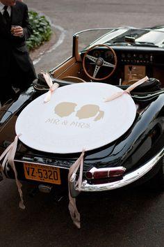 Cameo Silhouettes on a Just Married sign #taraguerardsoiree #taraguerarddecor #vintagecar