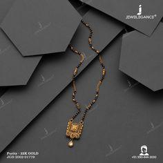 Antique Jewellery Designs, Gold Jewellery Design, Gold Jewelry, Gold Mangalsutra Designs, Gold Earrings Designs, Gold Bridal Jewellery Sets, Gold Chain Design, Lassi, Saree Wedding