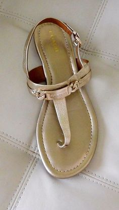 78162c6bfde63 New Coach Caterine Leather Sandals Metallic Gold Size 8M A7798  Coach   TStrap Flip Flop