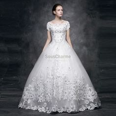 Robe de mariée luxueuse pas cher haute couture col bateau en dentelle ...