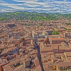 #memories of #bologna from the #genitori #towers - it's #unbelievable how the #politicians could keep the #medevial #character #clean -#thankyou and #applause ; #cultural #heritage #architecture #siteseeing #journey #hiking #hollidays #italy #urban #sightseeing #stilllife #lifestyle #hdrphotography #landscape #attraction
