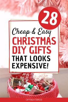 Amazing DIY christmas gifts ideas for family, friends co-workers that looks expensive and beutiful but are cheap and easy to make. These list of christmas gift ideas on budget has gifts for everyone you need to give. christmas gifts for family Diy Christmas Gifts For Friends, Inexpensive Christmas Gifts, Christmas Gift Baskets, Handmade Christmas Gifts, Elegant Christmas, Simple Christmas Gifts, Christmas Presents, Good Gifts For Friends, Christmas Christmas