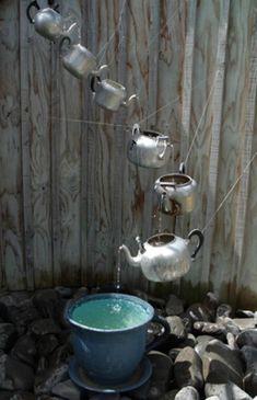Teapot fountain--too cute!