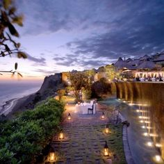 5 Star Accommodation in Bali. Experience the exotic charm of one of the most exclusive, romantic and luxury resorts in Bali! Bali Resort, Bulgari Resort Bali, Resort Spa, Places Around The World, Around The Worlds, Beautiful World, Beautiful Places, Romantic Places, Amazing Places