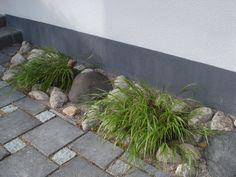 #nuokkuhelmikkä #melica #kenttäkiveys #betonikiveys #graniittinoppakivi #paving Stone, Plants, Gardens, Rock, Rocks, Planters, Plant, Tuin, Garden