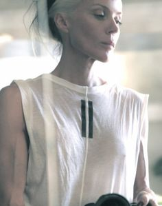 Daphne Guinness Daphne Guinness, Hair Brained, Material Girls, Daily Look, Good Looking Men, Celebrity Style, How To Look Better, Street Style, My Style