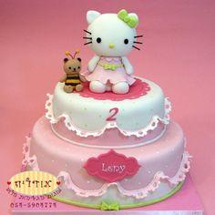 עוגות יום הולדת לקטנטנים | עוגות מעוצבות מבצק סוכר, עוגת הלו קיטי