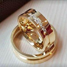Classic Wedding Rings, Wedding Rings Simple, Celtic Wedding Rings, Wedding Bands, Gold Ring Designs, Wedding Ring Designs, Diamond Engagement Rings, Bridal Jewelry, Jewelry Rings