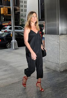 Jennifer Aniston Arrives at Nobu in New York City June-2016  actress Jennifer Aniston