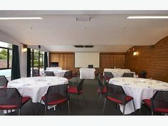 Visit Auckland Rose Park Hotel to hire function venues, rooms & conference venues with accommodation in Auckland, ideal for small gatherings. Online Digital Marketing, Rose Park, Park Hotel, Auckland, Conference Room, Rooms, Home Decor, Bedrooms, Decoration Home