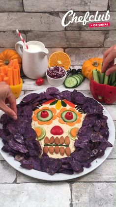 Scary Halloween Cakes, Easy Halloween Snacks, Halloween Food For Party, Tasty Videos, Food Videos, Comida De Halloween Ideas, Comida Diy, Buzzfeed Tasty, Cake Decorating Videos
