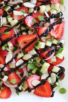 Strawberry Cucumber Salad – so great as a side with grilled chicken or fish... or add some quinoa to make it a light lunch. Smart Points: 3 • Calories: 47