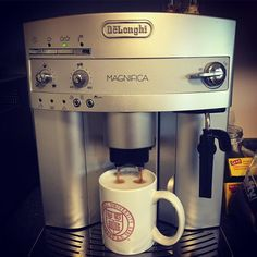 Finally having good lattes at home! #espresso #latte #almondmilklatte #soylatte #coffee #magnifica #espressomachine #enjoyinglife http://ift.tt/1VbgBi2