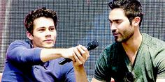 Dylan and Tyler H at Alphacon 14 - cute cute cute !! GIF Tumblr