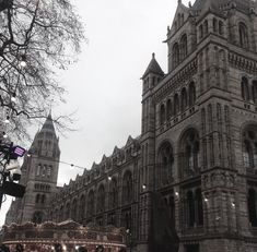 The Natural History Museum is one of my favourite London buildings. Its architecture is unmistakeable and just seeing the spires as we walk from South Ken station is enough to make me excited and think of dinosaurs and crystals and young children growing up to be David Attenborough.
