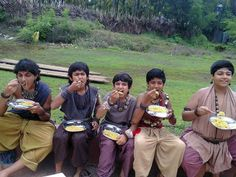 (left - right) Rohit Shetty as Yudhistira, Rudraksh Jaiswal as Sadewa, Devish Ahuja as Nakula, Soumya Singh as Arjuna, Mirat Joshi as Bima.