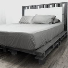 My Best Friend is a genius! DIY Cal King Platform Bed frame With headboard
