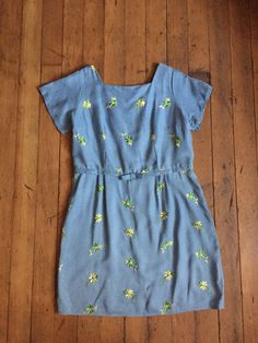 Wonderful New Old Stock / Deadstock dress from the 1960s.