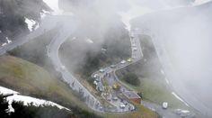 Giro d'Italia 2014, Stage 16 went over both Passo di Gavia  Passo dello Stelvio in mist  sleet.