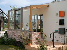 住まいるパークⅢのココマ腰壁タイプ展示 - ガーデン&エクステリア en|リフォームガーデンクラブ