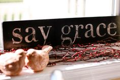 DIY from Whitney http://www.elmstreetlife.com/2010/08/diy-week-make-your-own-vintage-sign.html