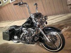 Harley Bagger, Harley Davidson Trike, Bagger Motorcycle, Harley Davidson Touring, Custom Harleys, Custom Bikes, Chicano, Power Bike, Road King Classic