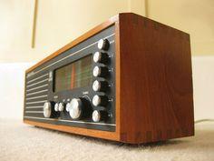 Vintage Roberts RM33 radio in teak case on eBay