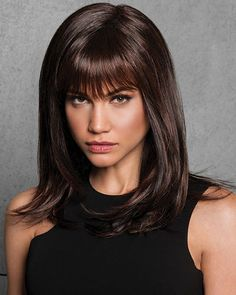 Falling below the shoulders, this wig is sexy, sleek and jam-packed with body thanks to long layers that are precision-cut for modern movement. Bangs gently wisp about to define the face. Short Straight Hair, Long Wavy Hair, Long Layered Hair, Short Hair Cuts, Medium Layered, Layered Bob With Bangs, Textured Bangs, Face Shape Hairstyles, Hairstyles With Bangs