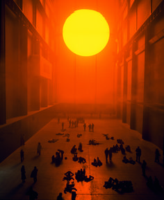 Olafur Eliasson, The weather project, 2003. Tate Modern, London (2003). © Photo by Andrew Dunkley & Marcus Leith. Courtesy of the artist; neugerriemschneider, Berlin; and Tanya Bonakdar Gallery, New York. © Olafur Eliasson. Courtesy of Prestel Publishing.