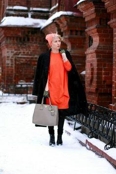 carrot orange COS dress - black Incity coat