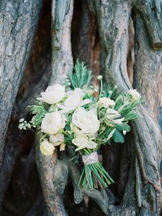 photo: Malvina Frolova #bridalbouquet, #wildbouquet, #whitepeony #peony  #bouquet, #weddingbouquet, #gardenstyle, #rosmarin #amarilis #olive #velvetribbon #wood