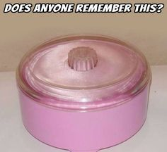 I can instantly smell the powder inside in my memory. Miss you, Grandmother 😘 My Childhood Memories, Childhood Toys, Great Memories, Childhood Images, 1970s Childhood, Oldies But Goodies, I Remember When, My Youth, Good Ole