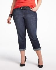 Addition Elle offers fashionable and trendy plus size women's clothing, including plus size lingerie, plus size jeans and plus size dresses. Shop online now! Addition Elle, Summer Feeling, Soho, Plus Size Fashion, Capri Pants, Jeans, Jackets, Shopping, Down Jackets