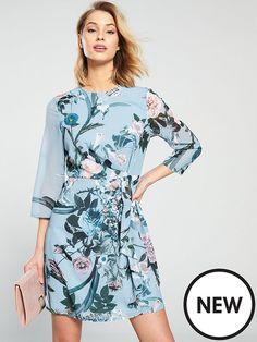 Little Mistress Floral Printed Long Sleeve Mini Dress Blue in Multi Fashion Shoot, Fashion Models, Fashion Trends, Dress Outfits, Fashion Dresses, Long Sleeve Mini Dress, Fashion Stylist, Size Model, Mistress