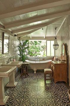 Best tropical bathroom decor ideas & designs tips 1 Dream Home Design, My Dream Home, Home Interior Design, Dream Bathrooms, Beautiful Bathrooms, Modern Bathrooms, Küchen Design, Design Case, Dream Apartment