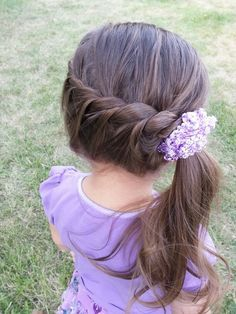 Simple quick adorable little girl hairstyle!! Took me less then 5 min :) Easy Little Girl Hairstyles, Flower Girl Hairstyles, Pretty Hairstyles, Braided Hairstyles, Simple Hairstyles, Teenage Hairstyles, Toddler Hairstyles, Style Hairstyle, School Hairstyles