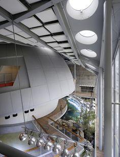 The new California Academy of Sciences houses a.o. the Kimball Natural History Museum, Steinhart Aquarium and Morrison Planetarium.