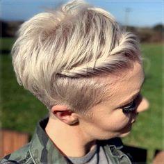 Short and medium hairstyles 2020: 150 beautiful ideas! Medium Short Hair, Very Short Hair, Short Straight Hair, Short Curly Hair, Medium Hair Styles, Curly Hair Styles, Elegant Hairstyles, Summer Hairstyles, Easy Hairstyles
