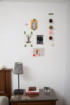 ideas originales para colgar las láminas en la pared