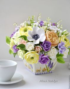 Купить Большая композиция с цветами из полимерной глины 26 см. - сливочный, интерьерная композиция