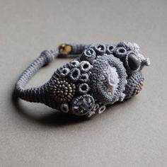 Exquisites Korallen Armband