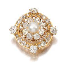 NATURAL PEARL AND DIAMOND BROOCH/ PENDANT, CIRCA 1900 Of target design, set with a natural pearl, circular-, single-cut and rose diamonds, hinged pendant bail.